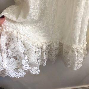 Vintage Intimates & Sleepwear - 🍂 FALL ARRIVAL 🍂 VINTAGE LACE SLIP DRESS